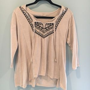 Cute 3/4 sleeve top